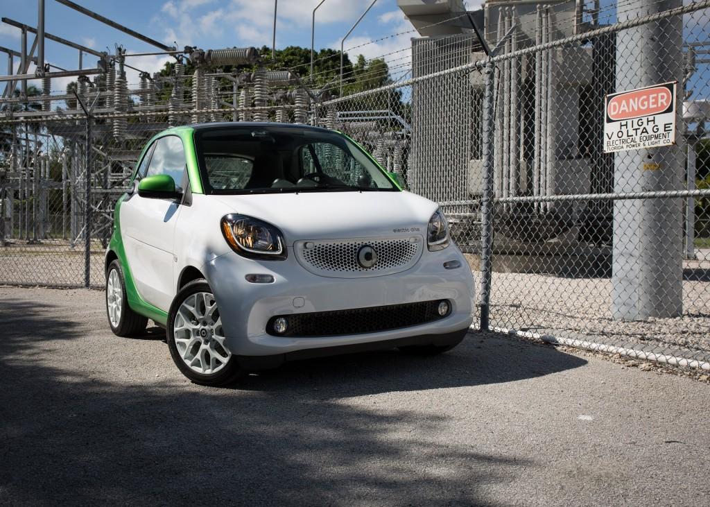 2017 Smart Fortwo Electric Drive - first drive, Miami, Nov 2016   [photo: Jeff Jablansky]