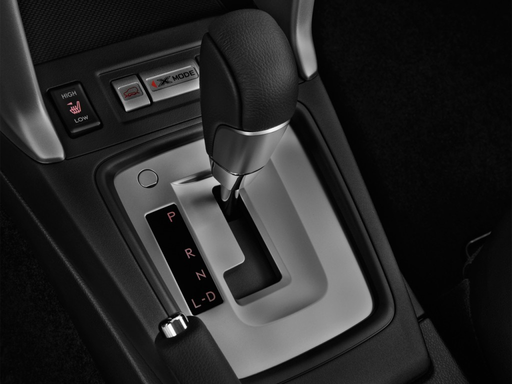 Image: 2017 Subaru Forester 2.5i Limited CVT Gear Shift ...