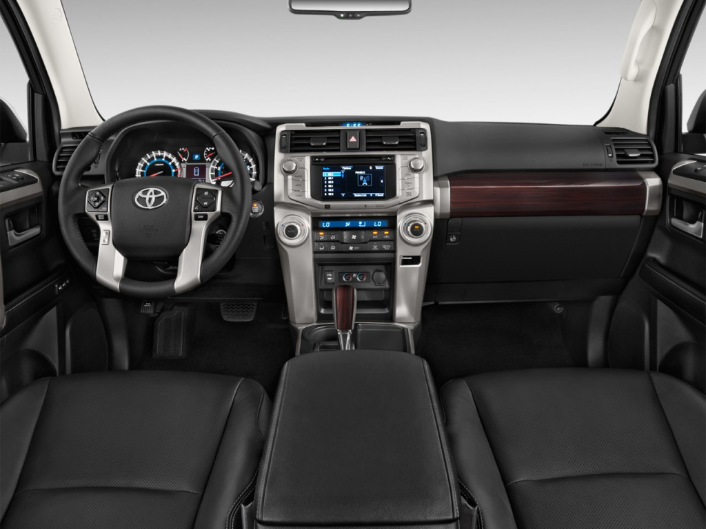 Image: 2017 Toyota 4Runner Limited 2WD (Natl) Dashboard ...