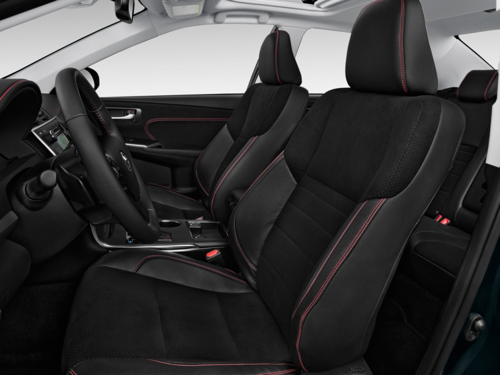 Image: 2017 Toyota Camry XSE Automatic (Natl) Front Seats ...