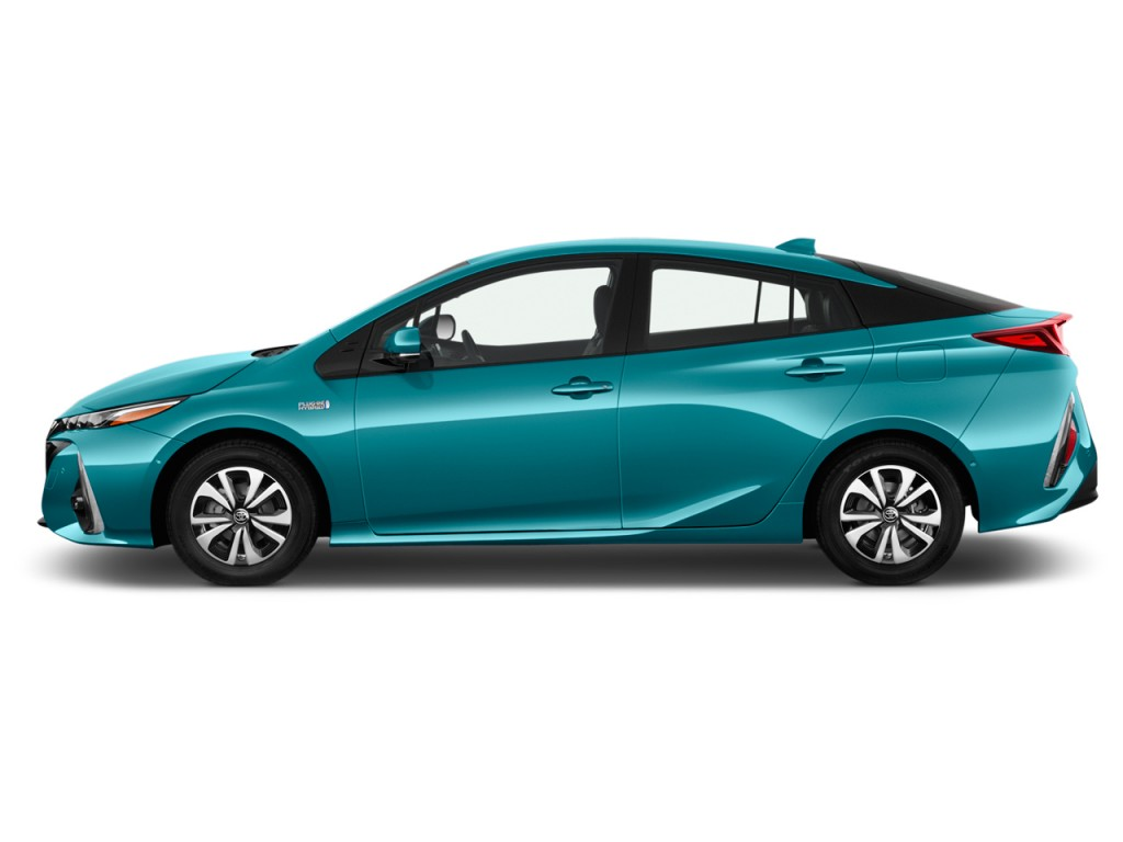 Image 2017 Toyota Prius Prime Natl Side Exterior View
