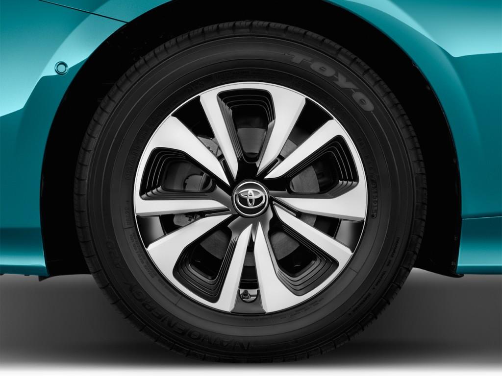 Image 2017 Toyota Prius Prime Natl Wheel Cap Size