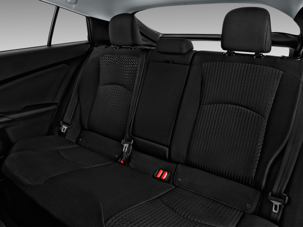 Image: 2017 Toyota Prius Two (Natl) Rear Seats, size: 1024 ...