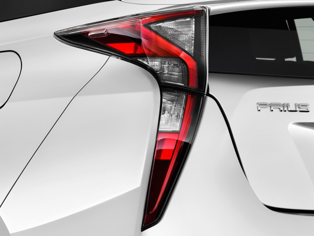 Image: 2017 Toyota Prius Two (Natl) Tail Light, size: 1024 ...
