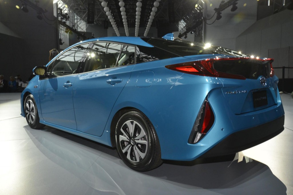 Image: 2017 Toyota Prius Prime, 2016 New York Auto Show ...