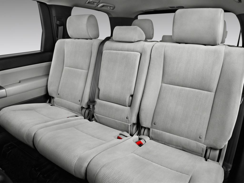 Image: 2017 Toyota Sequoia SR5 RWD (Natl) Rear Seats, size ...
