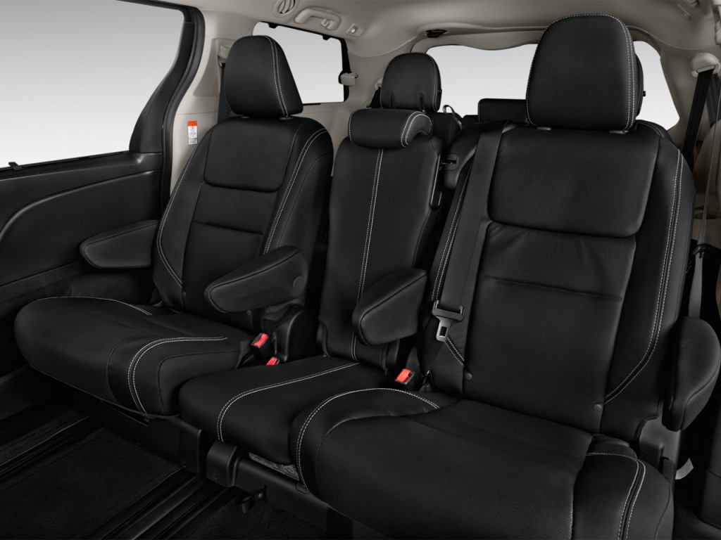 image 2017 toyota sienna se fwd 8 passenger natl rear. Black Bedroom Furniture Sets. Home Design Ideas