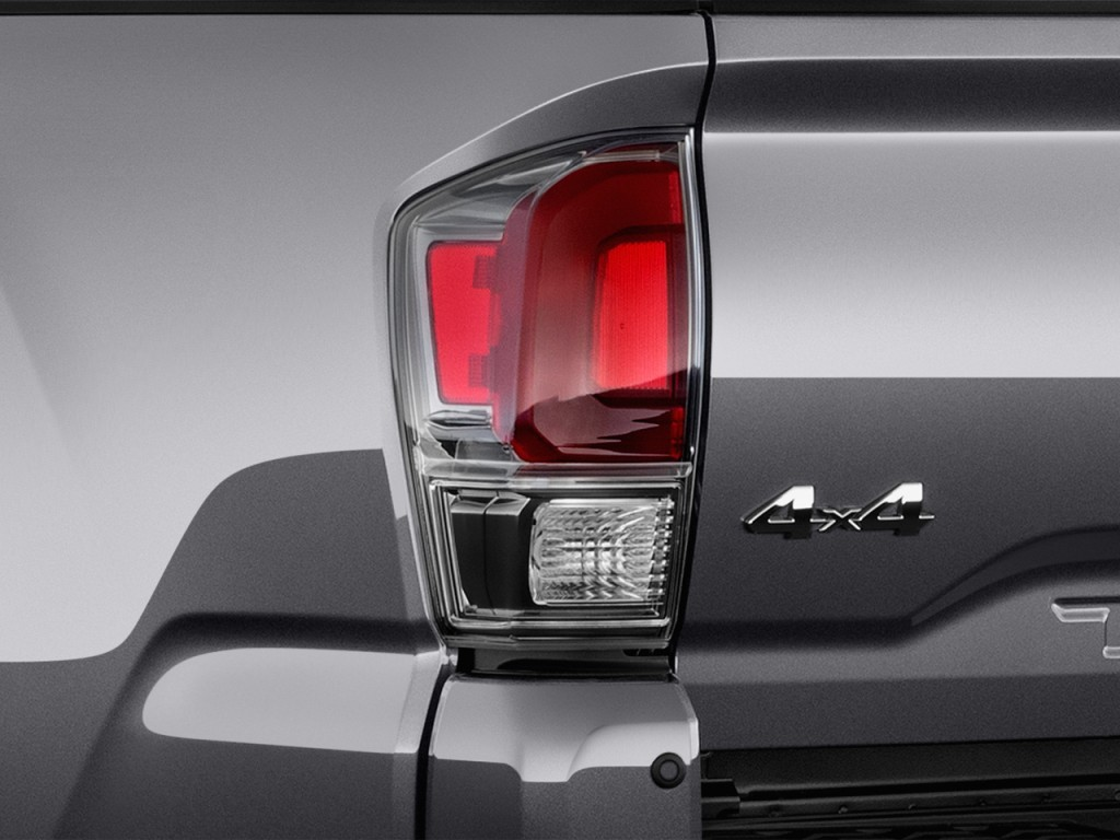 Image: 2017 Toyota Tacoma Limited Double Cab 5' Bed V6 4x4 AT (Natl) Tail Light, size: 1024 x ...