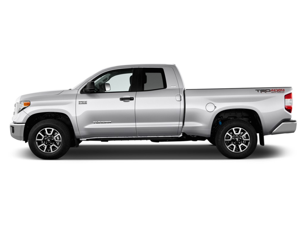 image 2017 toyota tundra 4wd sr5 double cab 6 5 39 bed 4 6l natl side exterior view size 1024. Black Bedroom Furniture Sets. Home Design Ideas