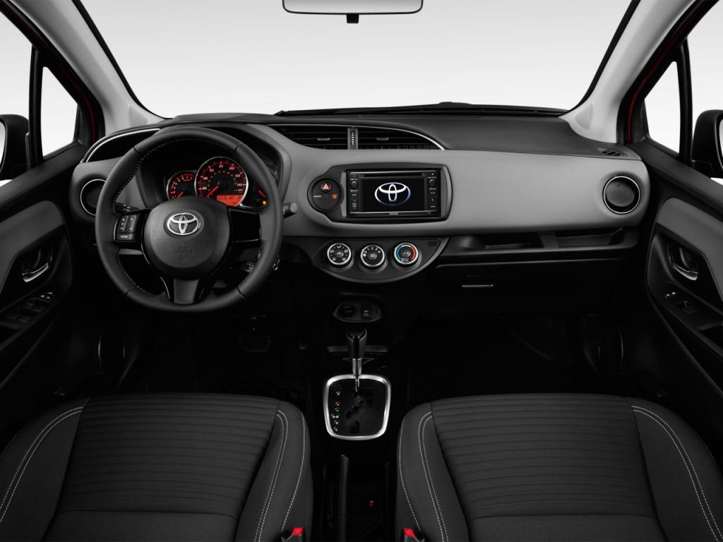 Image 2017 Toyota Yaris 5 Door Se Manual Natl Dashboard