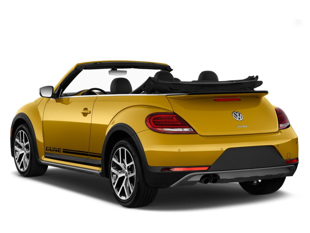 image 2017 volkswagen beetle 1 8t dune auto angular rear exterior view size 1024 x 768 type. Black Bedroom Furniture Sets. Home Design Ideas