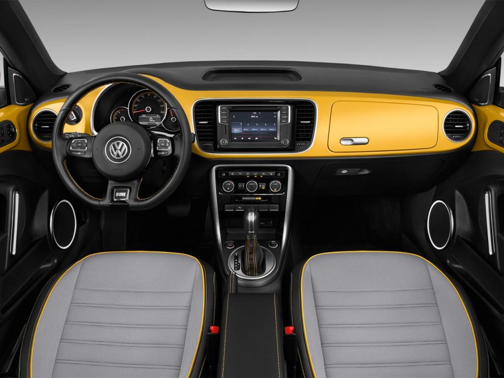 Image: 2017 Volkswagen Beetle 1.8T Dune Auto Dashboard ...