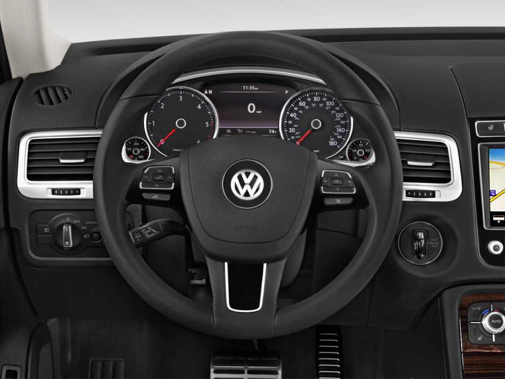 image 2017 volkswagen touareg v6 executive steering wheel size 1024 x 768 type gif posted. Black Bedroom Furniture Sets. Home Design Ideas