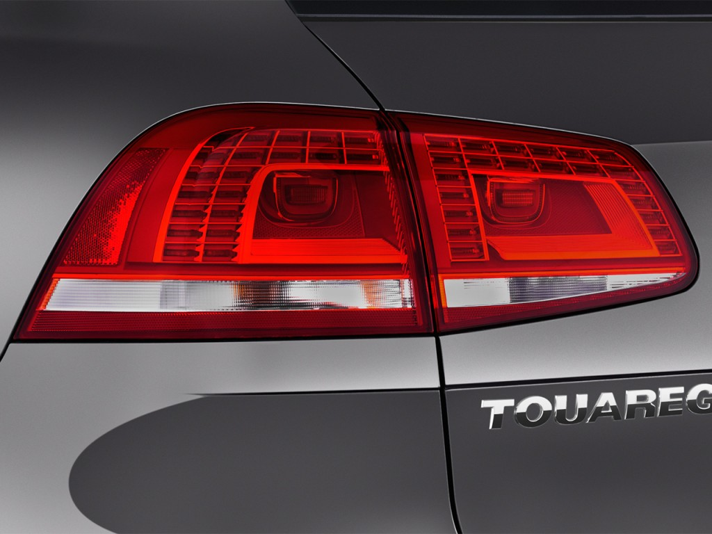 Image: 2017 Volkswagen Touareg V6 Executive Tail Light ...