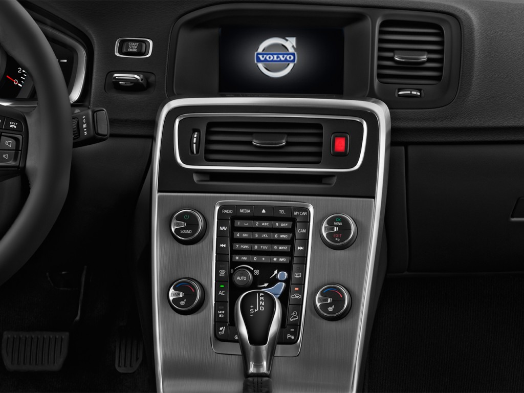image 2017 volvo s60 t5 fwd dynamic instrument panel size 1024 x 768 type gif posted on. Black Bedroom Furniture Sets. Home Design Ideas