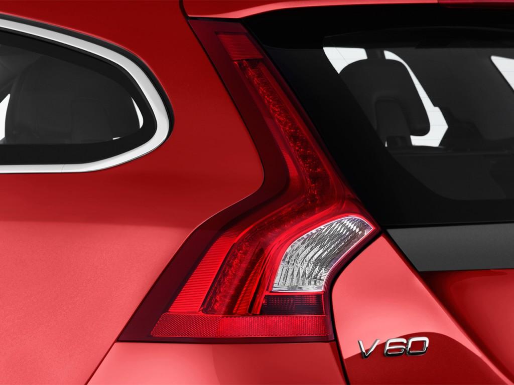Image: 2017 Volvo V60 T6 AWD R-Design Platinum Tail Light ...