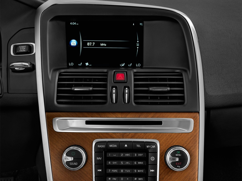 image 2017 volvo xc60 t5 fwd inscription audio system size 1024 x 768 type gif posted on. Black Bedroom Furniture Sets. Home Design Ideas