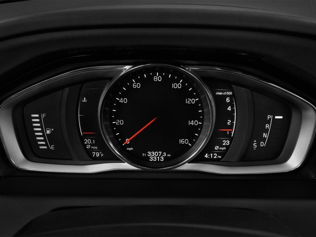 Image: 2017 Volvo XC60 T5 FWD Inscription Instrument ...