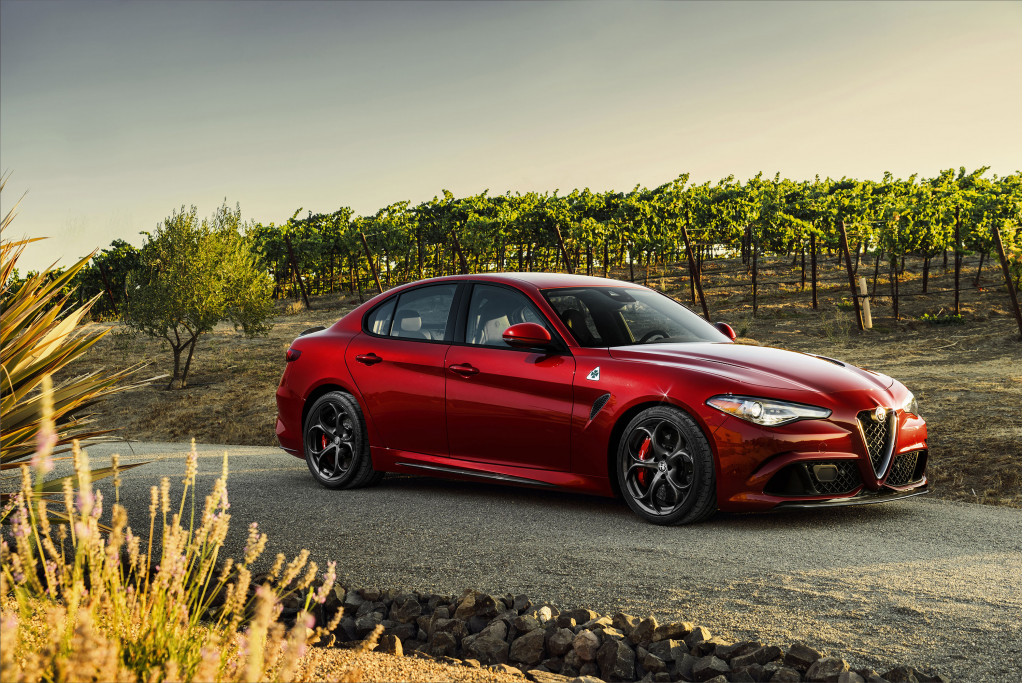 2018 Alfa Romeo Giulia vs. 2018 BMW 3-Series: Compare Cars