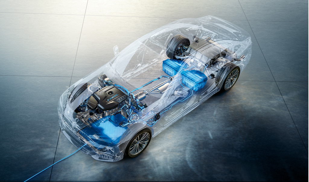 Bmw S Wireless Charging System Reaches Us