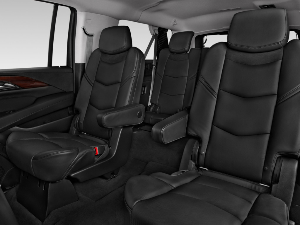 Image: 2018 Cadillac Escalade ESV 2WD 4-door Luxury Rear ...