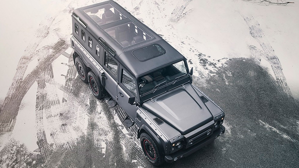 Kahn Design's Chelsea Truck Company rolls out Defender-based 6x6 Civilian Carrier