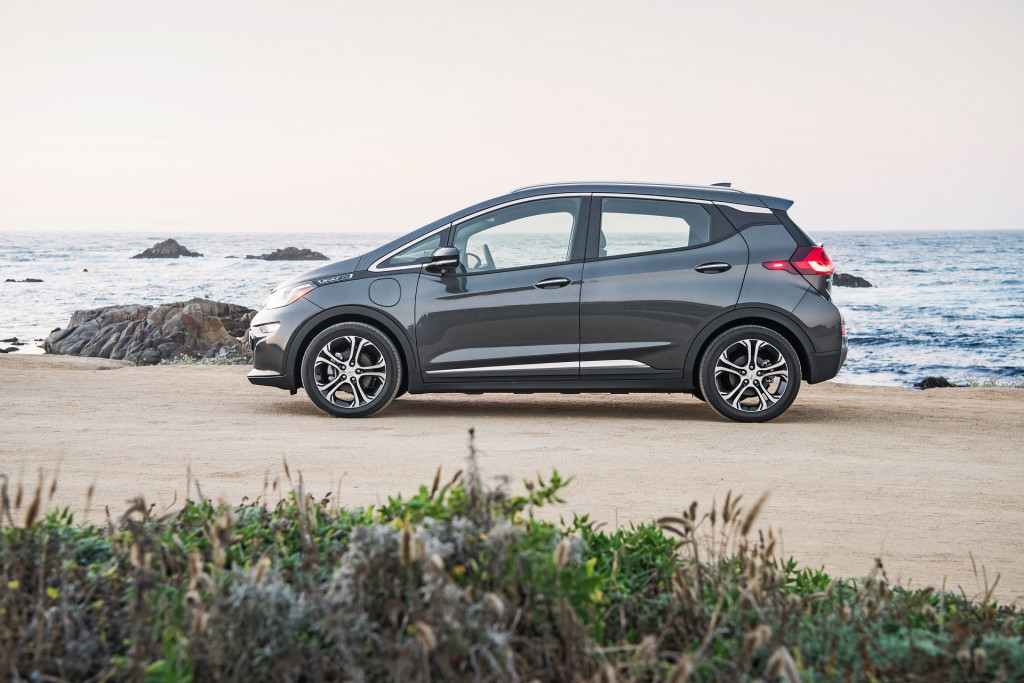 2018 Chevy Bolt EV: Changes, Mileage, Price >> 2018 Chevrolet Bolt Ev Chevy Review Ratings Specs