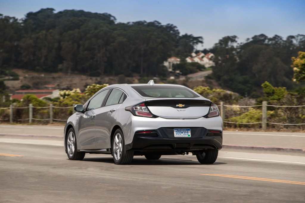 Chevy Volt May Be Replaced In 2022 With Plug In Hybrid Crossover