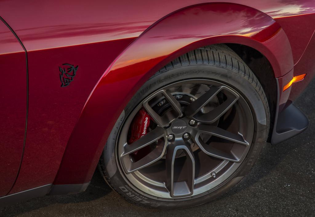 2018 Dodge Challenger SRT Demon Demon Street Tire Package