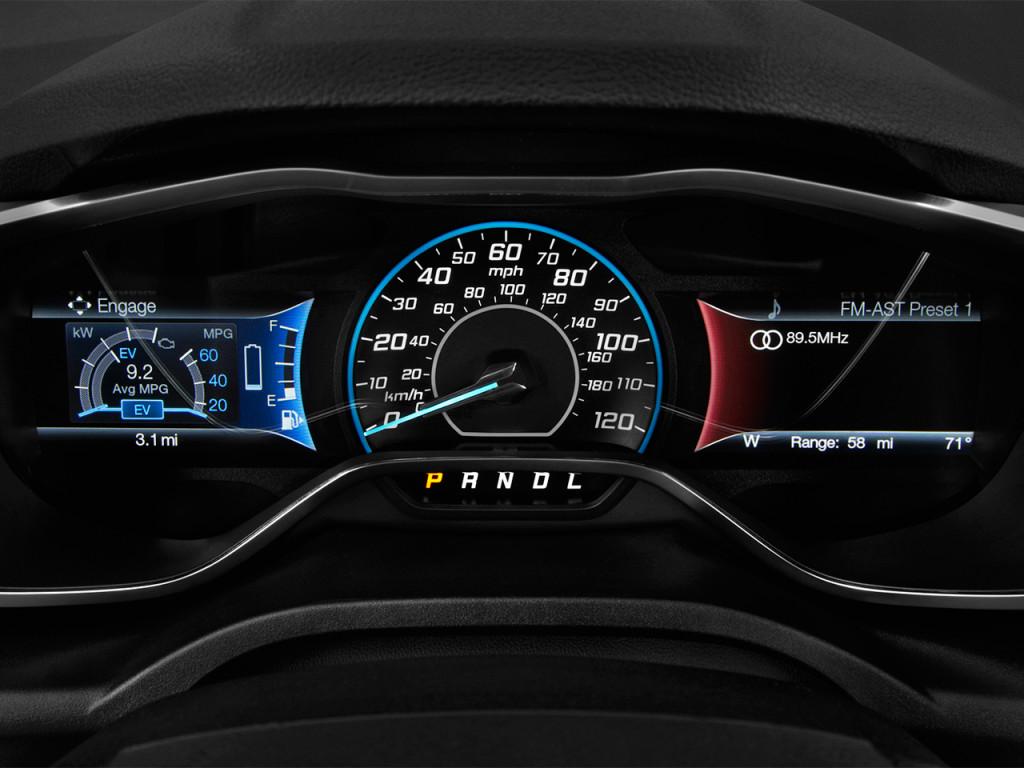Image: 2018 Ford C-Max Hybrid Titanium FWD Instrument ...