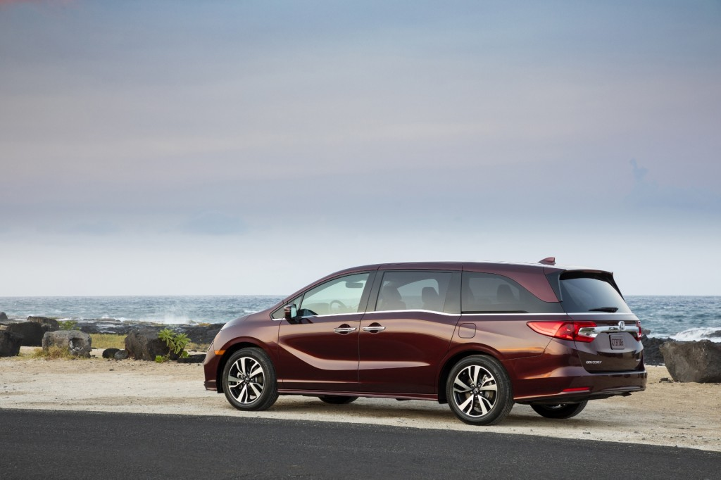 Honda Pilot Gas Mileage >> Image: 2018 Honda Odyssey Elite, size: 1024 x 682, type: gif, posted on: May 13, 2017, 12:30 pm ...