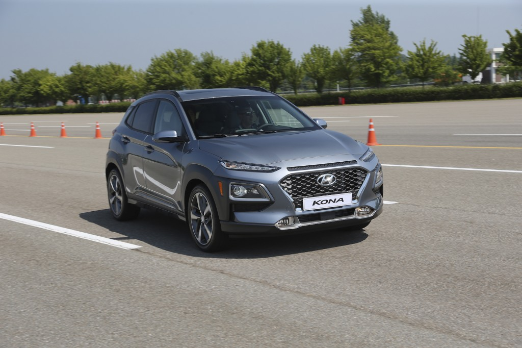 Hyundai's SUV offensive, Special Forces Chevy Tahoes, Trump's EPA: What's New @ The Car Connection