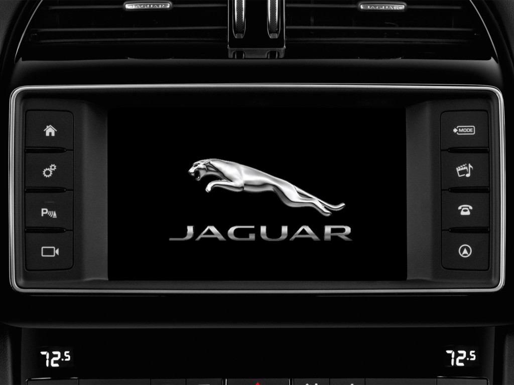 image 2018 jaguar f pace 20d r sport awd audio system size 1024 x 768 type gif posted on. Black Bedroom Furniture Sets. Home Design Ideas