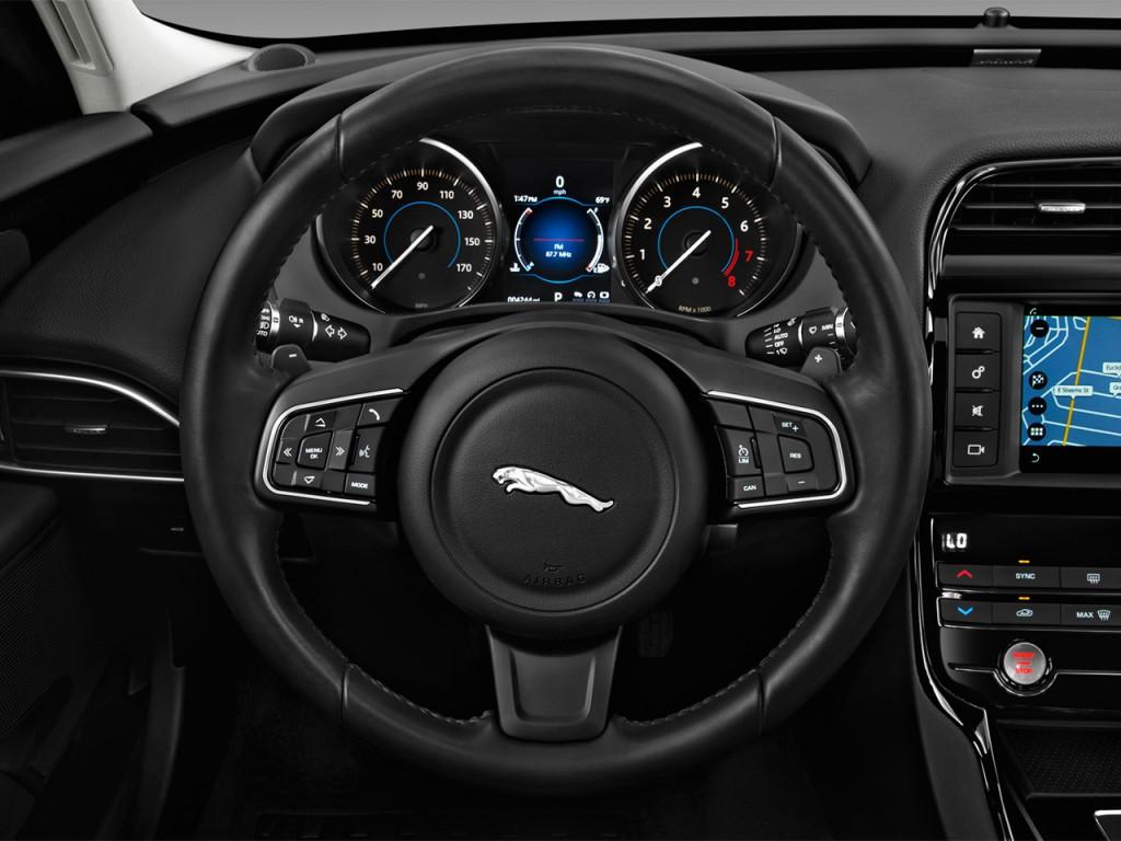Image: 2018 Jaguar XE 25t RWD Steering Wheel, size: 1024 x ...