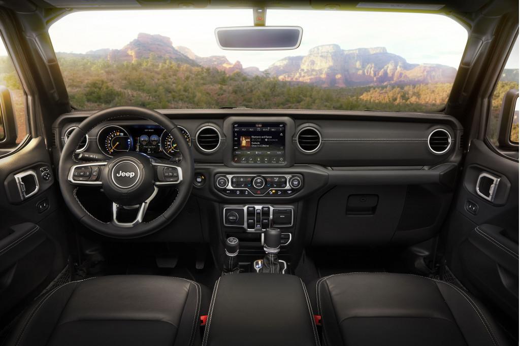 2017 Jeep Wrangler Mpg >> Epa Rates 2018 Jeep Wrangler Turbo 4 Gas Mileage Plug In Diesel To