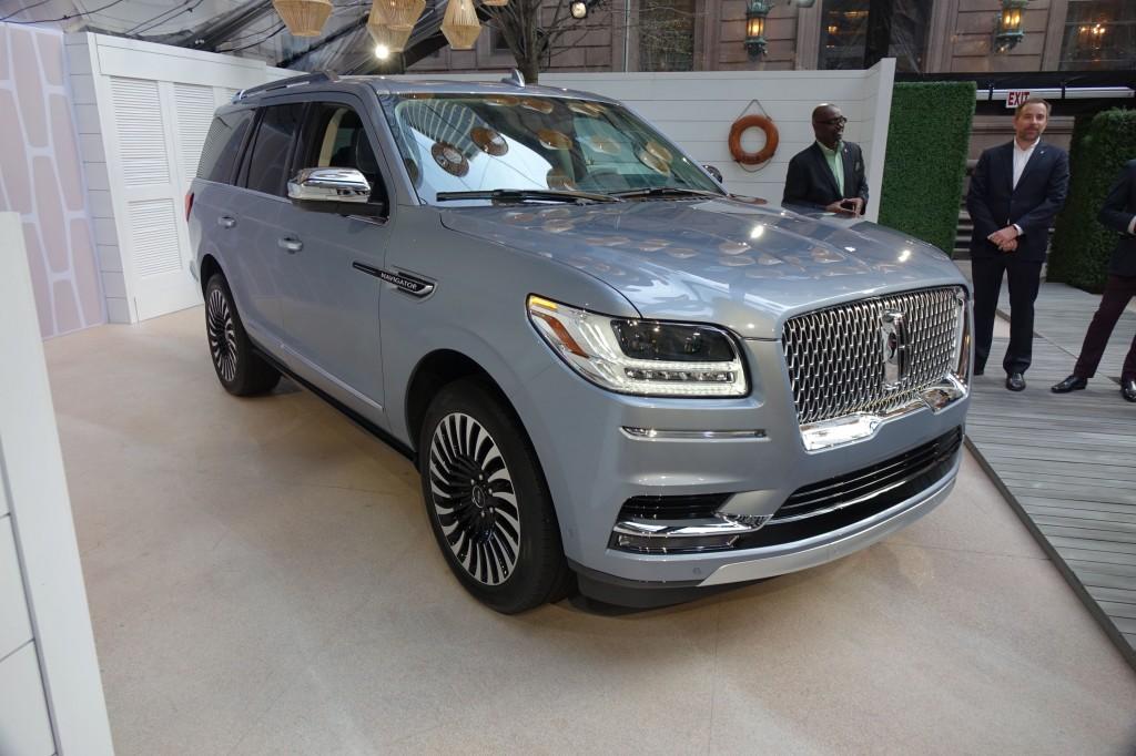 2018 Lincoln Navigator, 2017 New York auto show