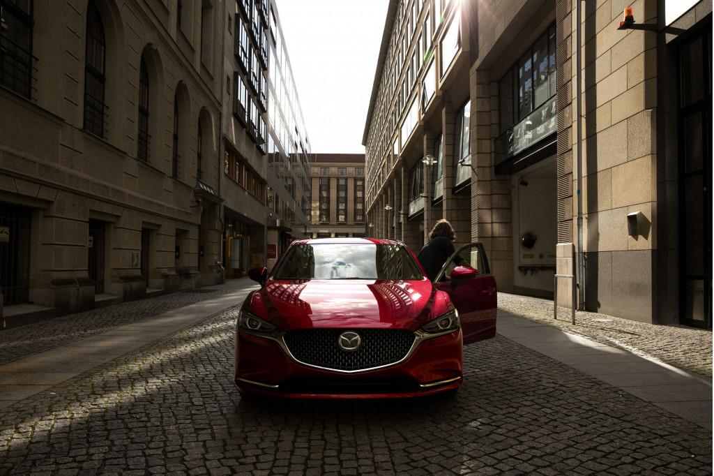 2018 Mazda 6 chases a more premium path