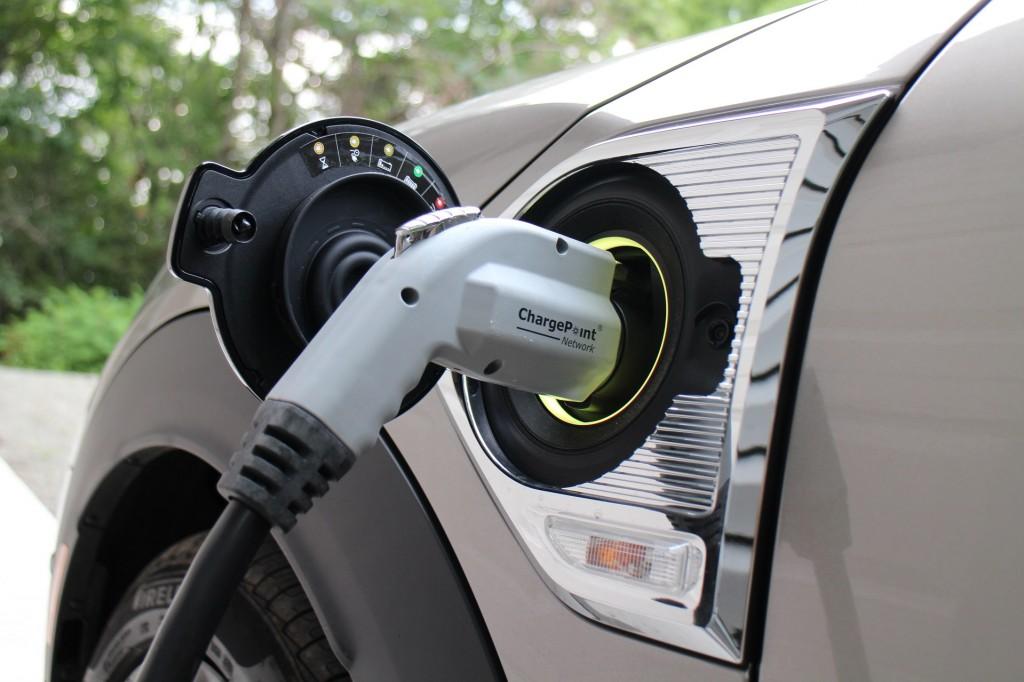2018 Mini Cooper S E Countryman All4 plug-in hybrid, Catskill Mountains, NY, July 2017