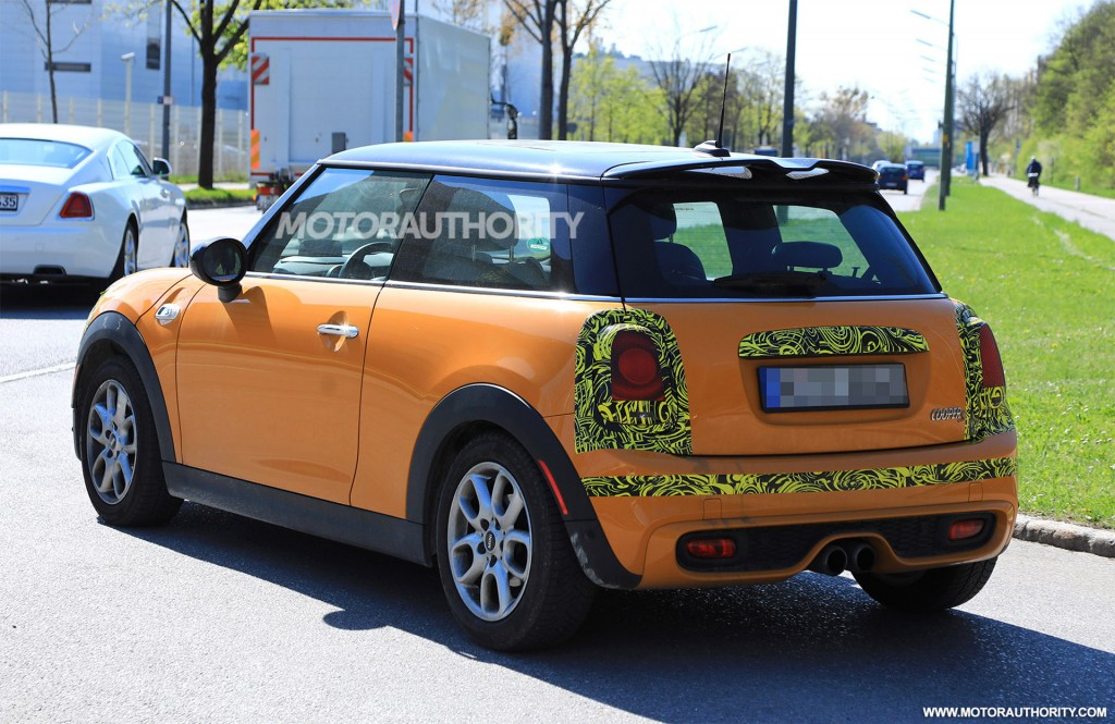 2019 Mini Hardtop spy shots