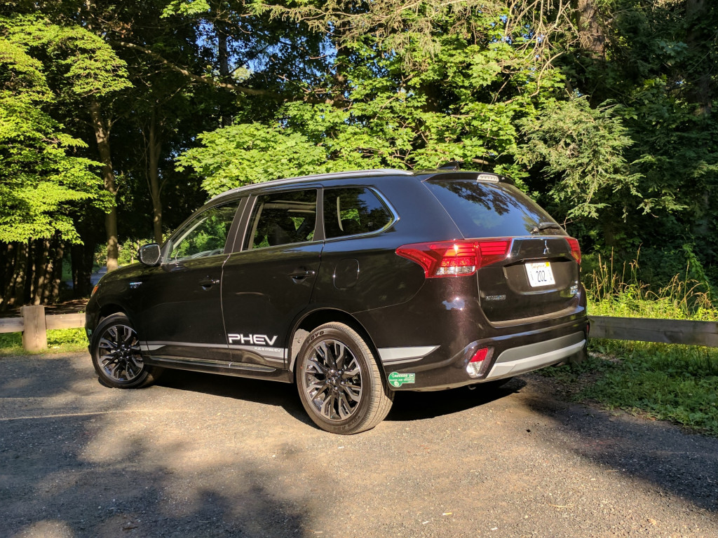 2018 Mitsubishi Outlander Phev Gas Mileage Review Practical And