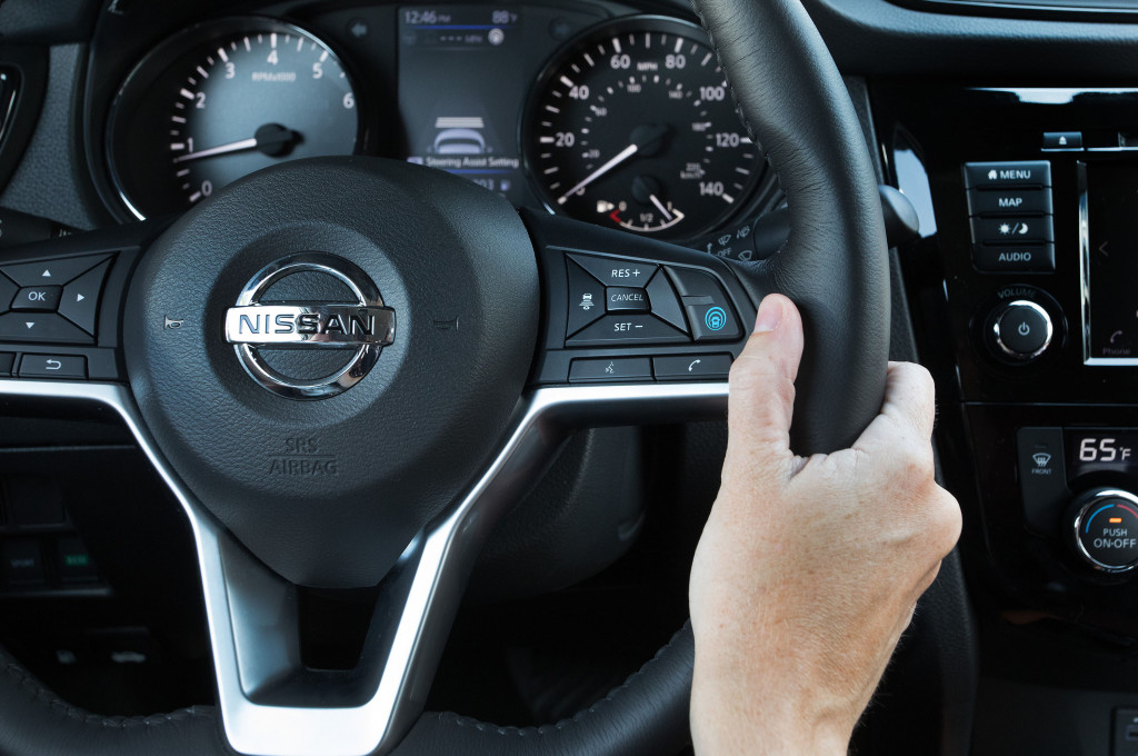 Nissan propilot assist real world drive 6 things to know fandeluxe Images