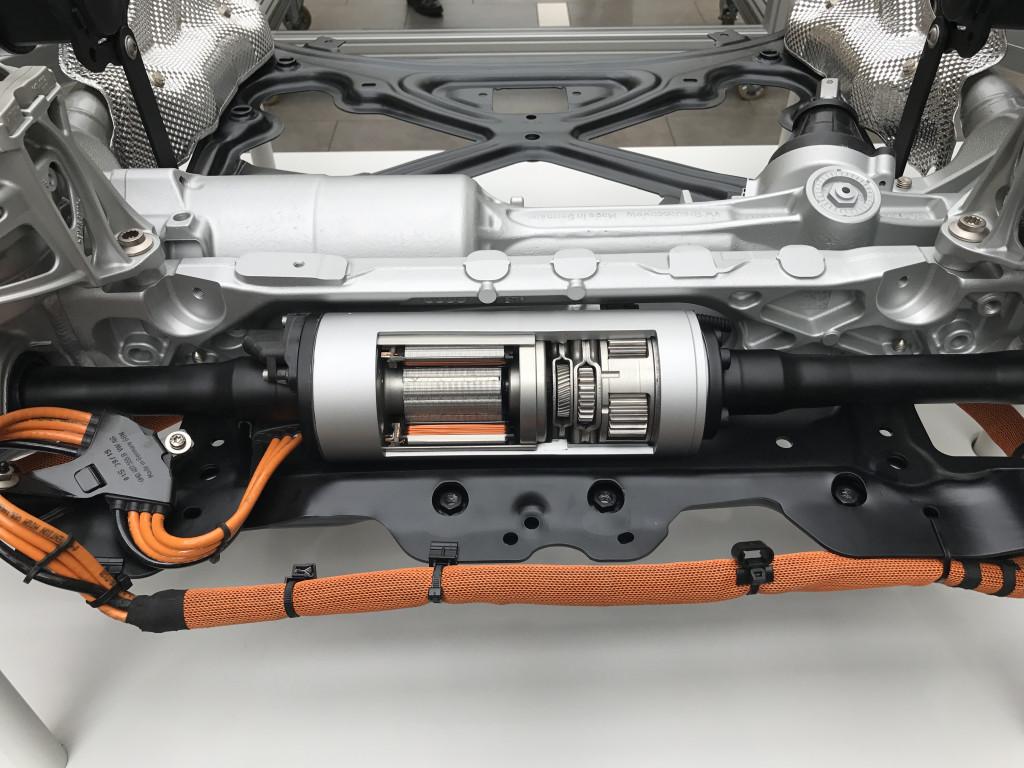 2019 Porsche Cayenne PDCC motor