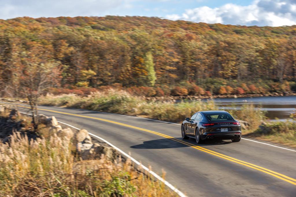 2018 Porsche Panamera video road test
