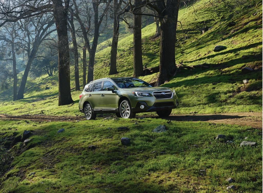 2018 Subaru Outback vs. 2018 Subaru Crosstrek: Compare Cars