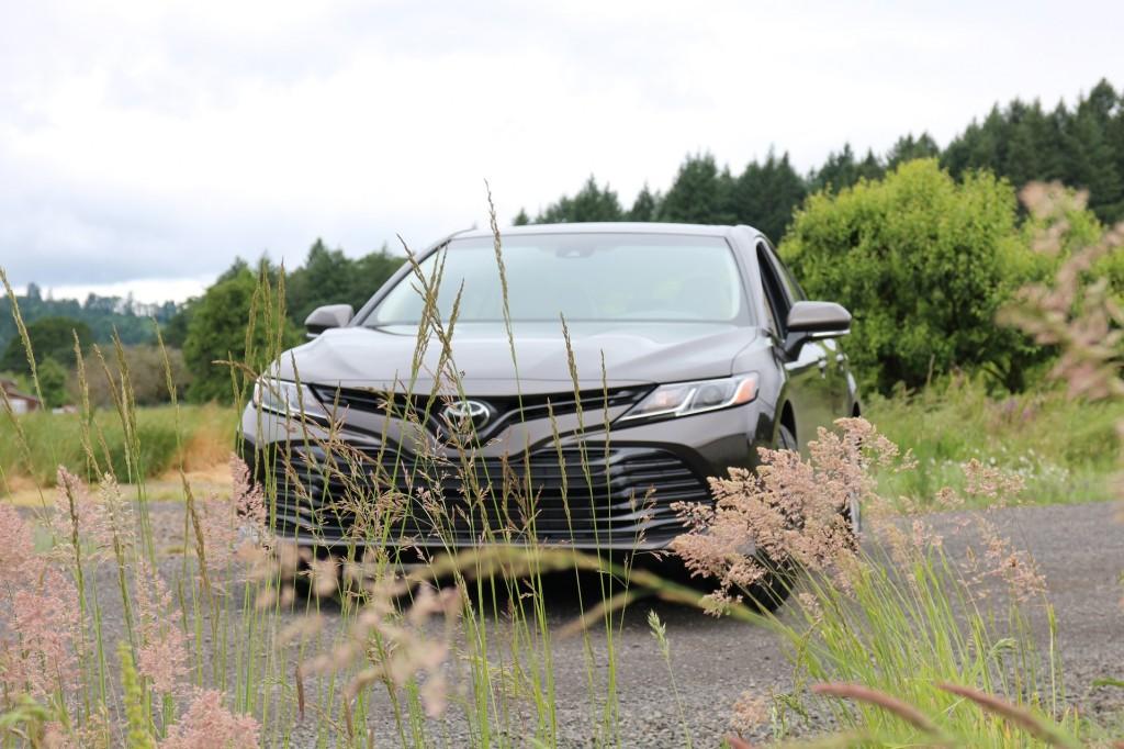 2018 Toyota Camry Hybrid LE, Willamette Valley, Oregon, June 2017