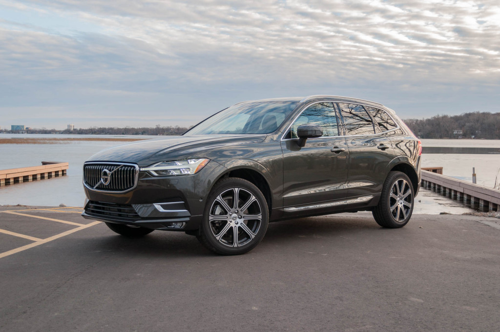 2018 Volvo XC60 vs 2018 Volvo XC90: Compare Cars