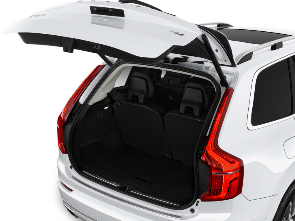 image 2018 volvo xc90 t5 awd 5 passenger momentum trunk. Black Bedroom Furniture Sets. Home Design Ideas