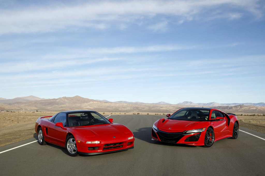 1991 Acura NSX and 2019 Acura NSX - Acura NSX 30th Anniversary