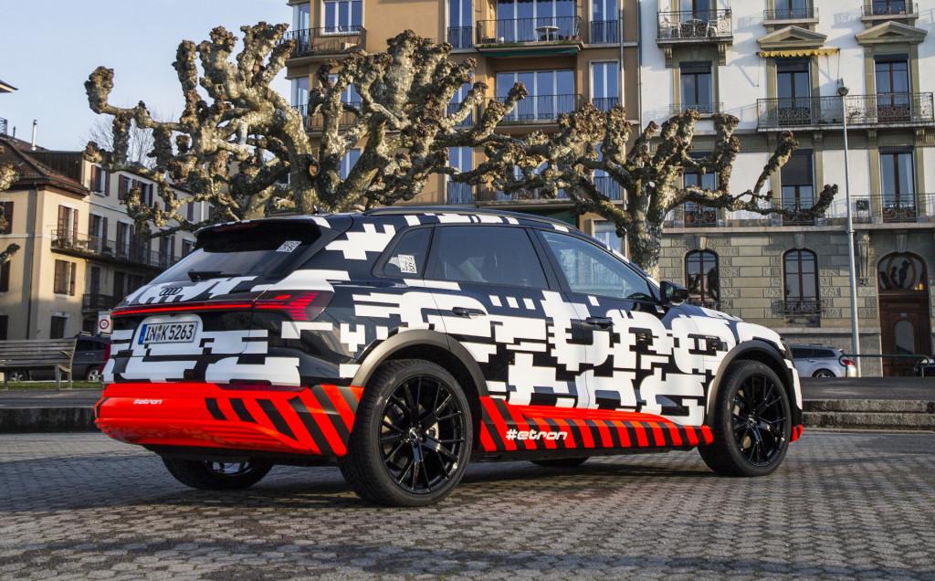 Image: 2019 Audi e-tron prototype, size: 1024 x 636, type ...
