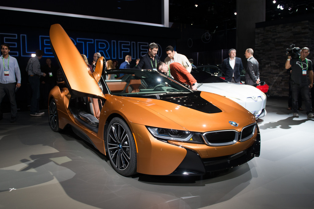 image 2019 bmw i8 roadster 2017 los angeles auto show size 1024 x 683 type gif posted on. Black Bedroom Furniture Sets. Home Design Ideas